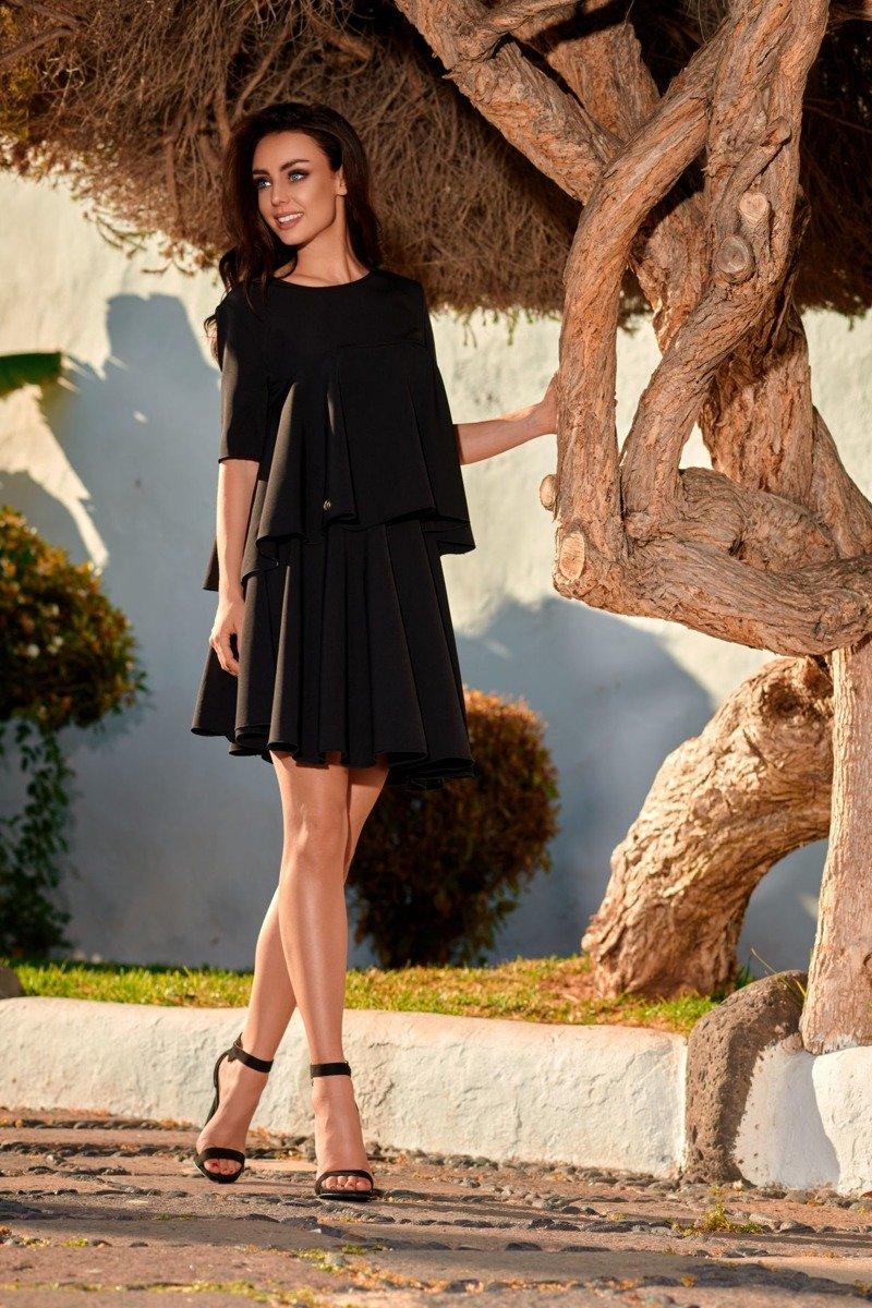 715907e21abc29 ... Komplet rozkloszowana bluzka i spódnica z koła czarna CAROLINE ...