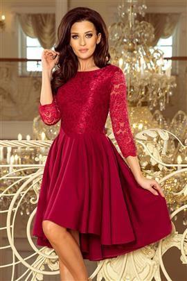 BRENDI  - sukienka z dłuższym tyłem i koronką - BORDOWA